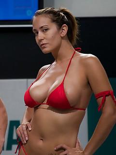 Lesbian Bikini Pics