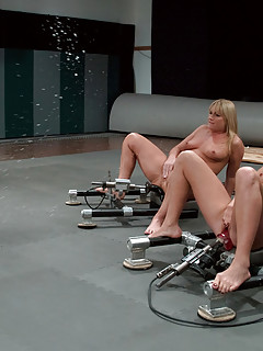 Lesbian Squirting Pics