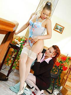 Lesbian Lingerie Pics