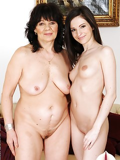 Old And Young Lesbians Pics